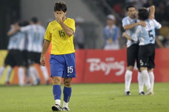 O futebol brasileiro nos Jogos Olímpicos  fracassos que se repetem ... 8cf0d5ffbd911